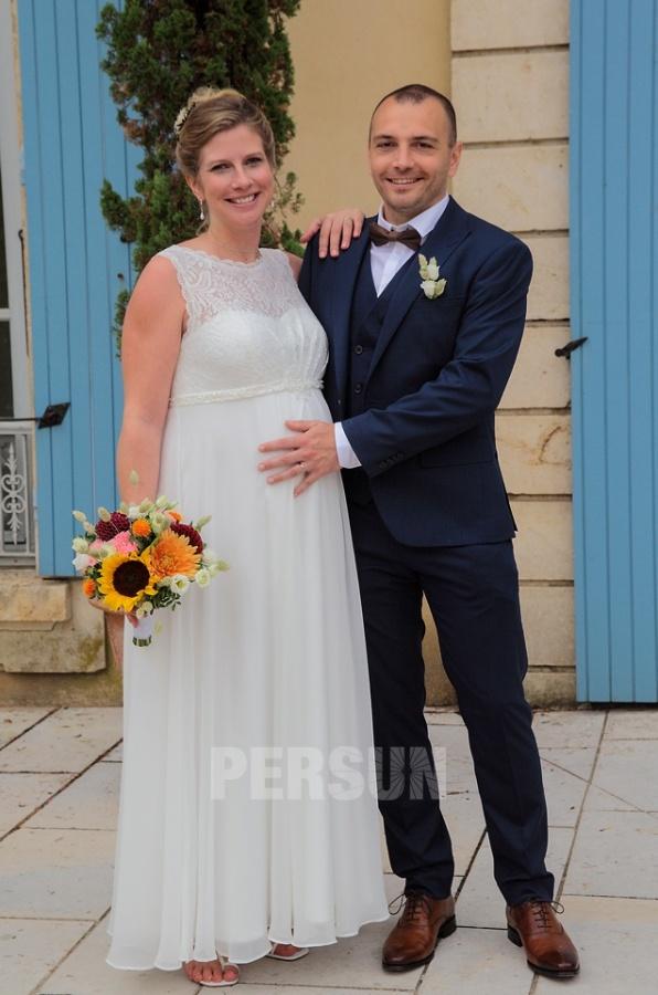 robe de mariée empire haut en dentelle perlé