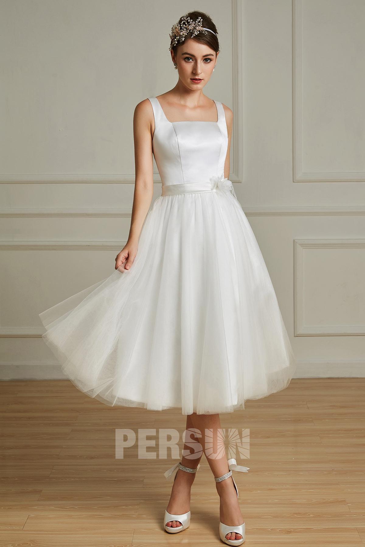 robe de mariée mi-longue simple col carré